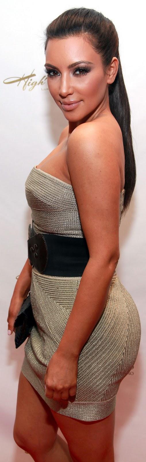 The Suinas Party Kim Kardashian-5014