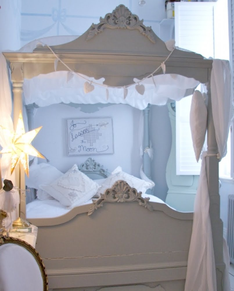 Swedish Interior Design Kitchen: Gypsy Purple: Design Find: Swedish Interior Design