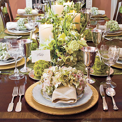 Gypsy purple christmas find inspiring christmas tables - Christmas table setting ideas ...