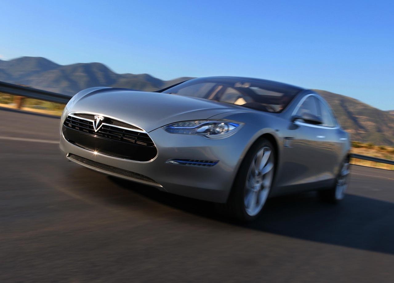 TESLA MODEL S NEW HIBRYD CAR ? Auto Car Reviews