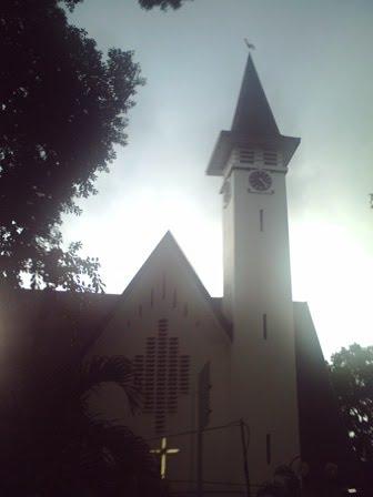Bermukim di Kebayoran Baru, Jakarta Selatan: Gereja GPIB