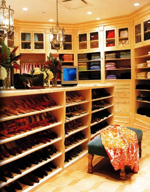Madison lifestyle amazing walk in closets - Pictures of walk in closets ...