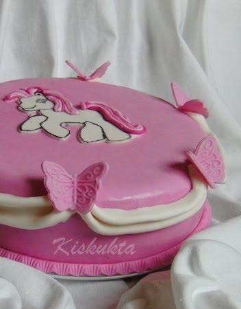 pónis torta képek Kiskukta torta: Pónis torta pónis torta képek