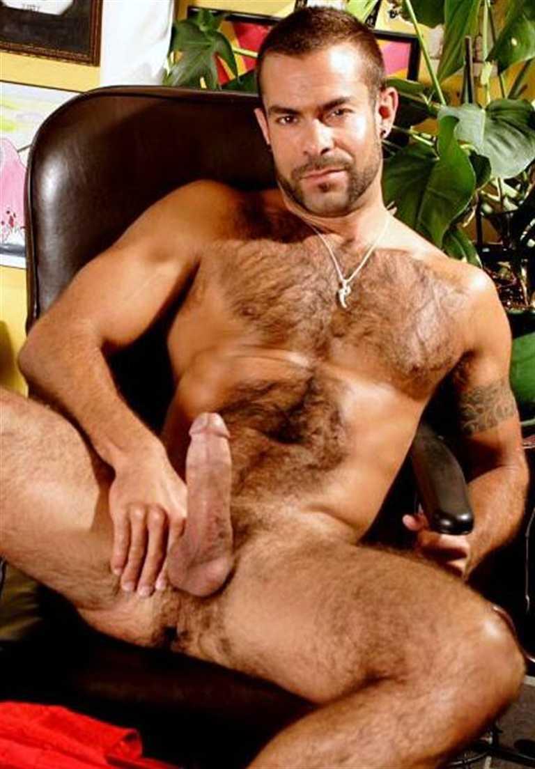 Steve Cruz Naked 117