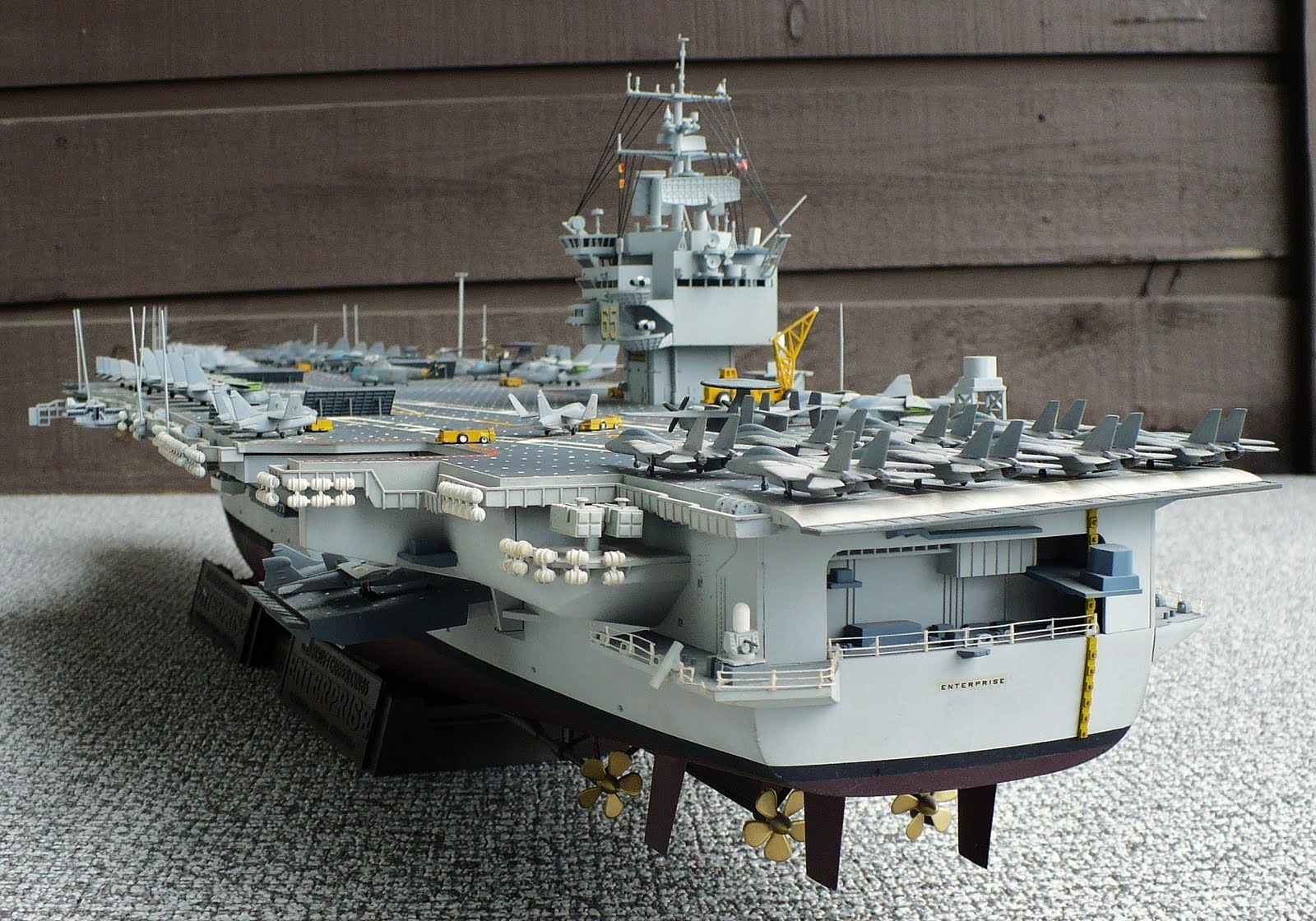 The Great Canadian Model Builders Web Page Cvn 65