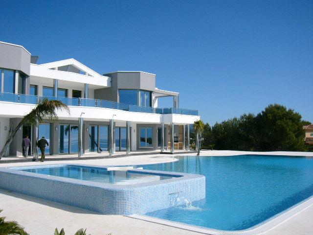 Locations vacances en espagne s jours en villas et for Maison du monde au portugal