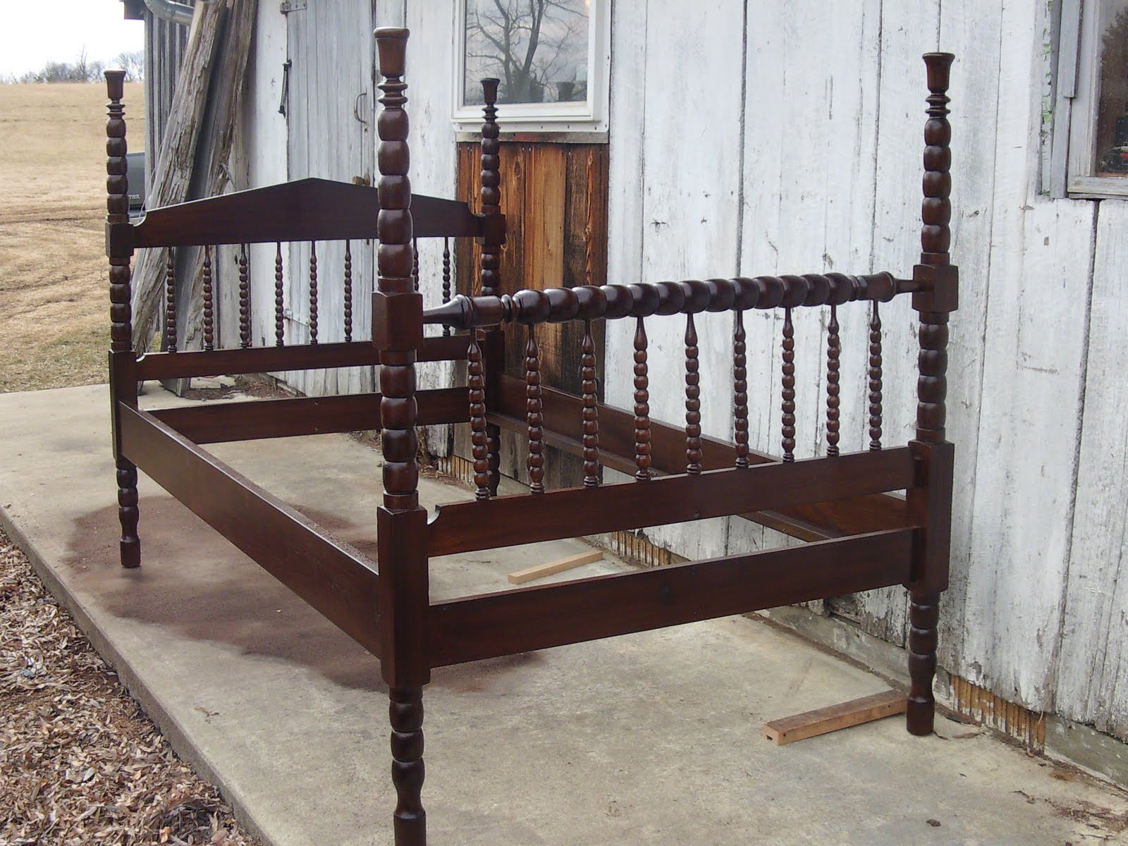 antique 3 4 bed John Mark Power, Antiques Conservator: Walnut Victorian Spool Bed  antique 3 4 bed