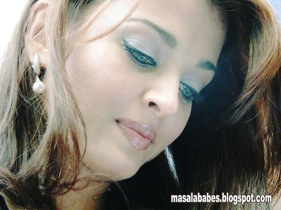 Aishwarya Rai Hot Close Up Pics - Bolly Break News Latters