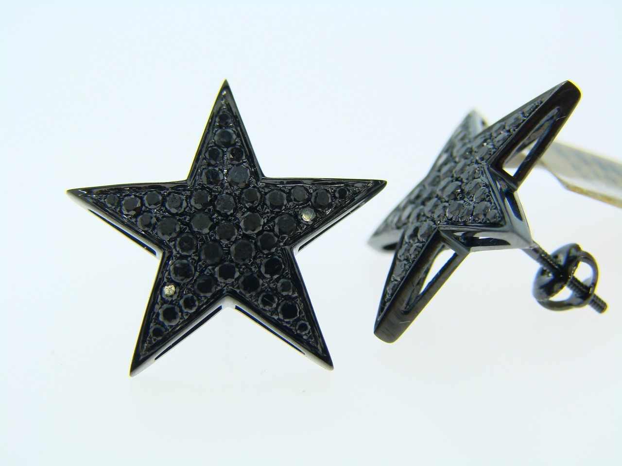 New York Jewels 10k Black Gold Black Diamond Star Stud