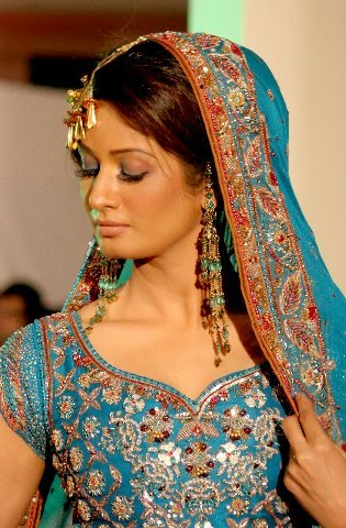 World Model Pakistani Model Zaria Salah