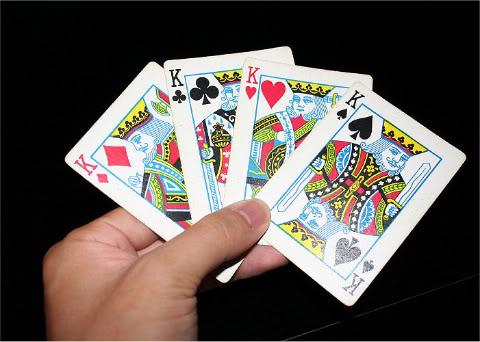 Main kartu cangkul online dating