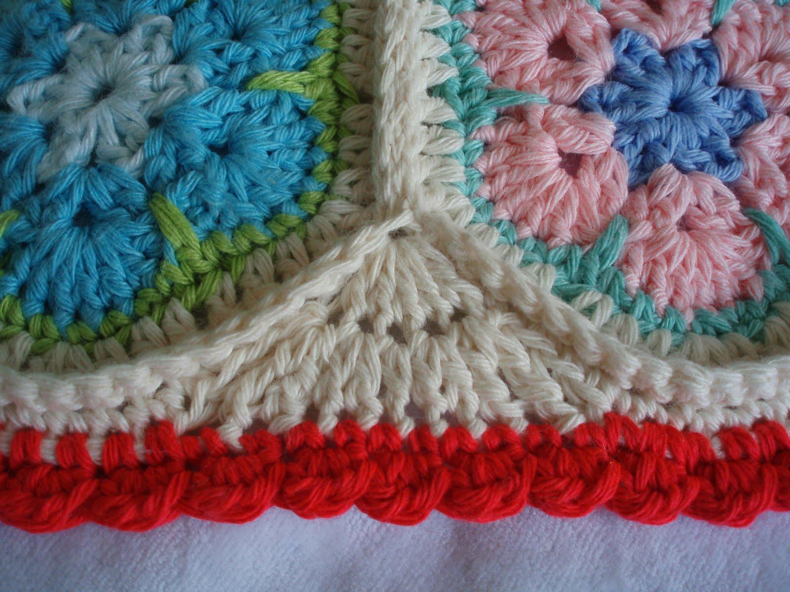African Flower Crochet Pattern Half : Karin aan de haak: Afrikaanse Bloemen Kussen