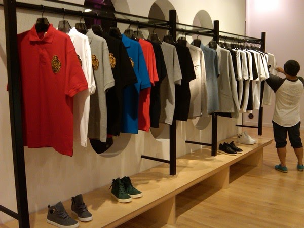 what store sells crooks and castles