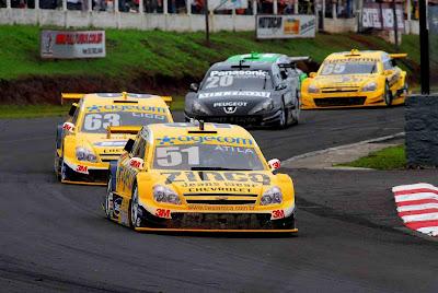 4cc91719008 S P E E D C A L  Stock Car  Átila Abreu comemora bom desempenho em 2009