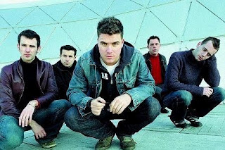 The best musical groups and the best singer: The best band