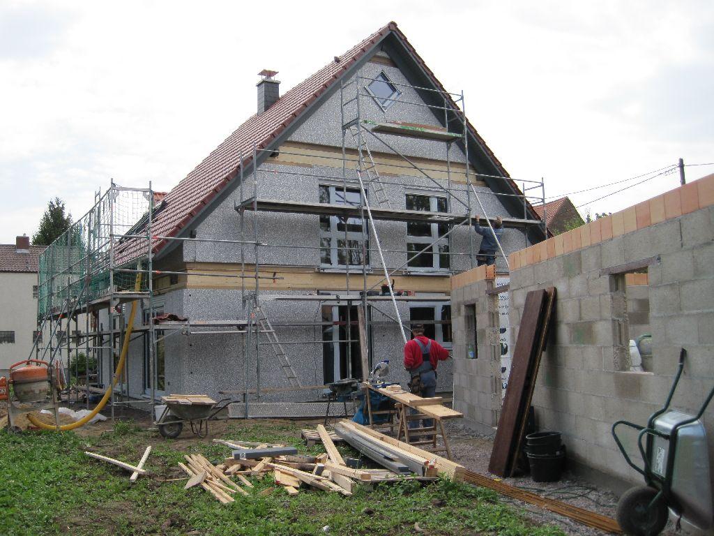 wir bauen ein gussek haus mai 2010. Black Bedroom Furniture Sets. Home Design Ideas