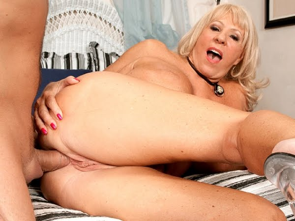 Black and blonde anal trailers