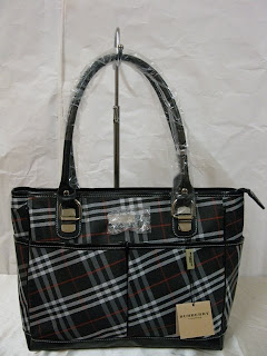 b9bc9c40257 The Flower Tots  Burberry Tote Bag In Exploded Check