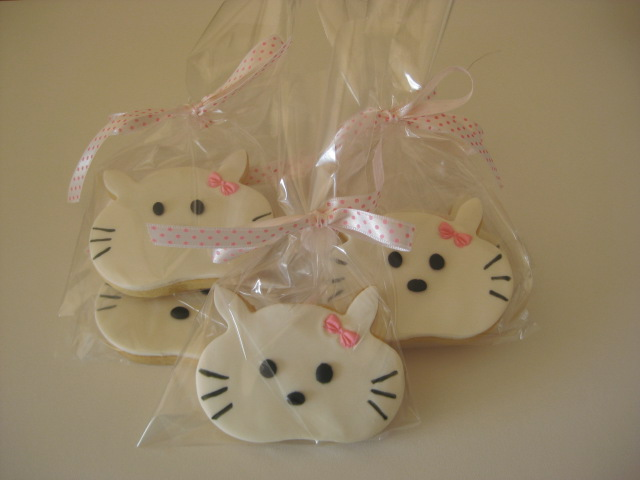 cake the cat butterfly hello kitty cookies 2346