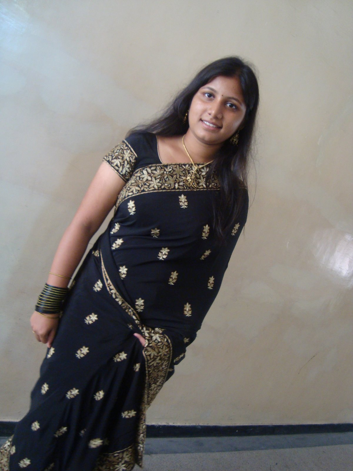 Bangalore young married girl nude show - 2 1