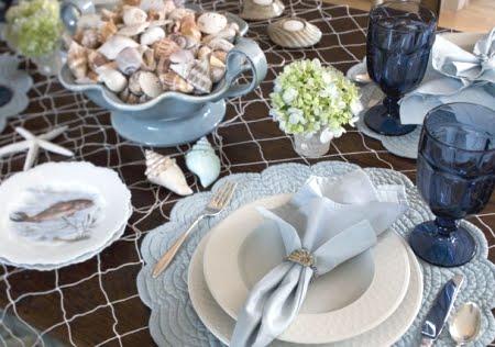 Decorative Fishnet Tablescape Decor Idea
