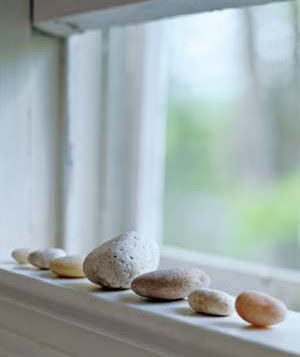 decorating with beach rocks