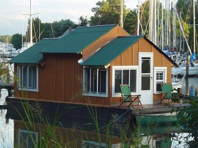 Houseboat Chesapeake Bay