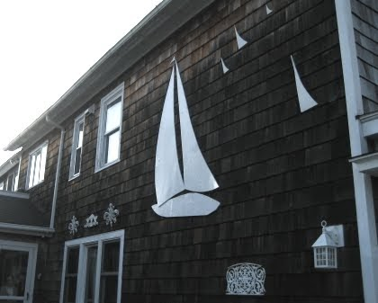 Exterior Coastal House Wall Decor Ideas