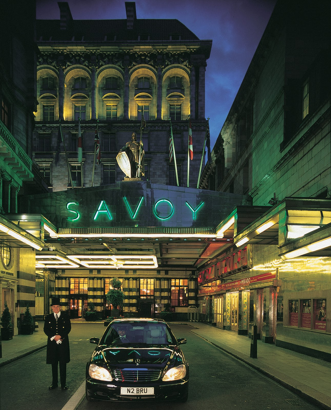 the cambridge wine blogger project hope ball the savoy london. Black Bedroom Furniture Sets. Home Design Ideas