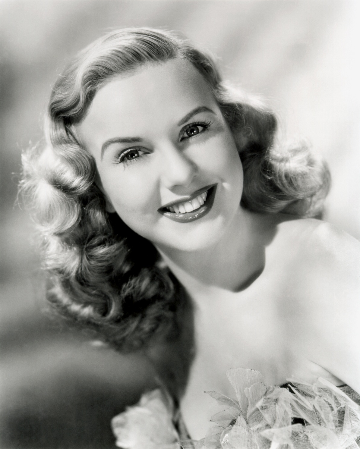 Deanna Durbin Is A Canadianborn Southern Californiaraised Retired
