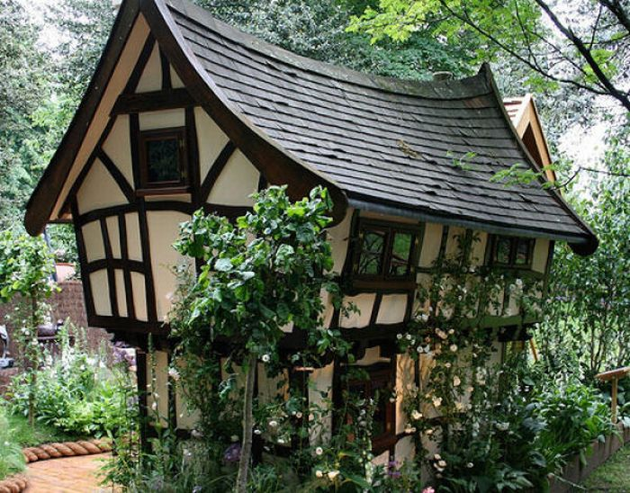 46 Unusual House designs Like Fairy Tales