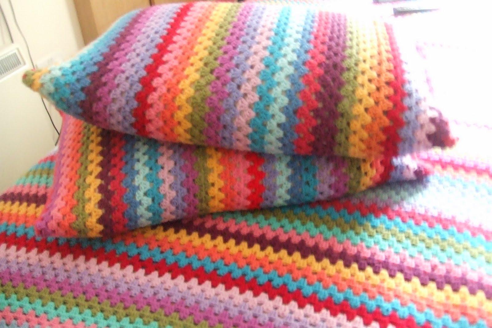 Heldasland Rainbow pillow cases