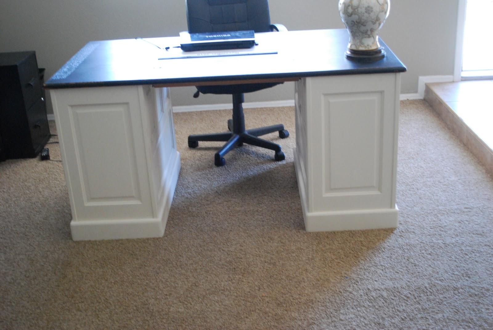 Office Desk Diy: Classy Clutter
