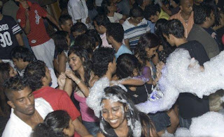 Colombo Party Com Sri Lanka Hot Party Pictures