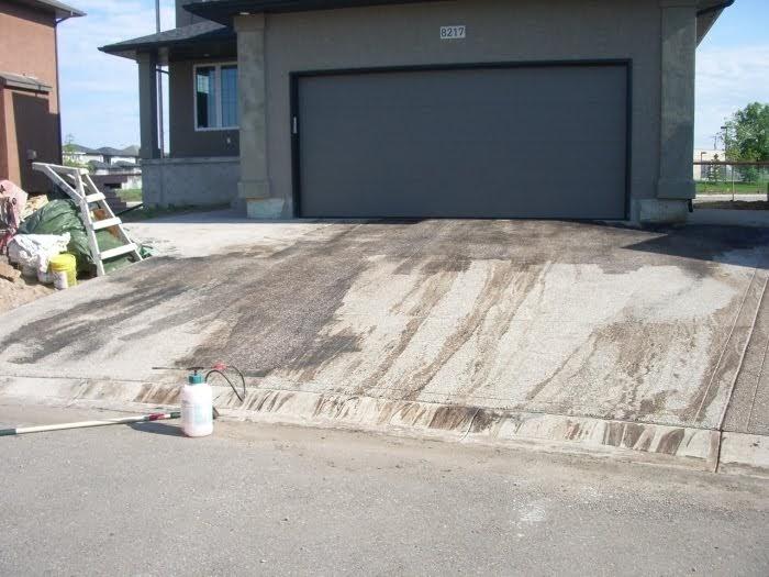 Eatoils newsblog asphalt sealer on concrete not a for Can i paint asphalt driveway