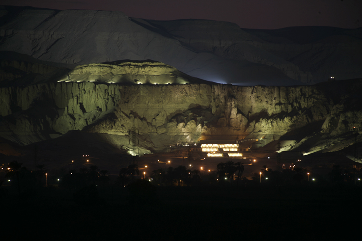 West Bank lighting system completed - Luxor Times