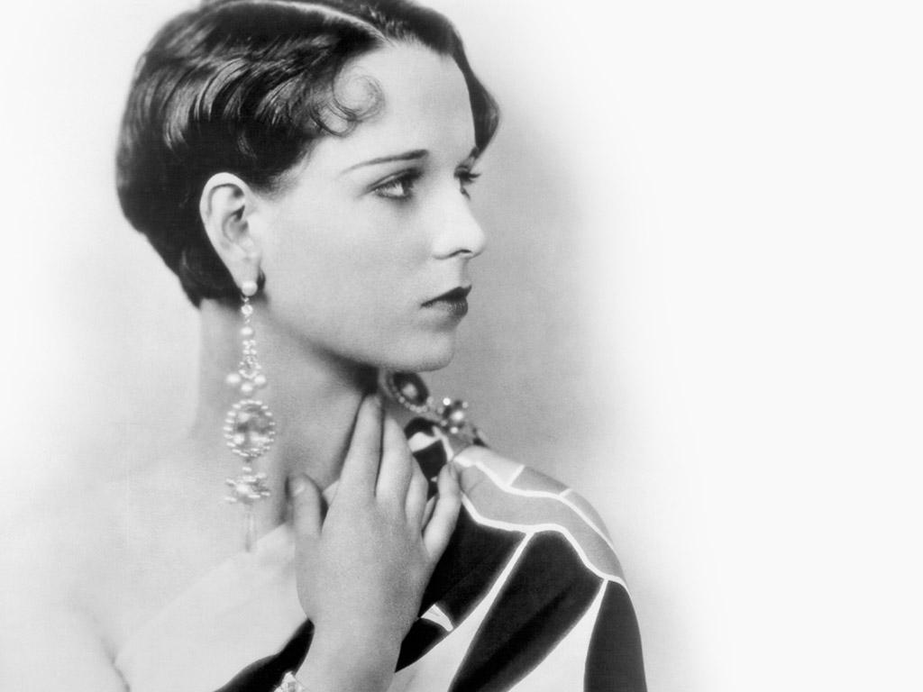 S Female 1920 Singers