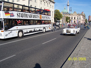 A Photo tour to the Capital city of Germany.: Posted by Vikas sharma on PHOTO JOURNEY @ www.travellingcamera.com : Unter Den Linden......Berlin's Most Beautiful Avenue.