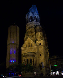 A Photo tour to the Capital city of Germany.: Posted by Vikas sharma on PHOTO JOURNEY @ www.travellingcamera.com :