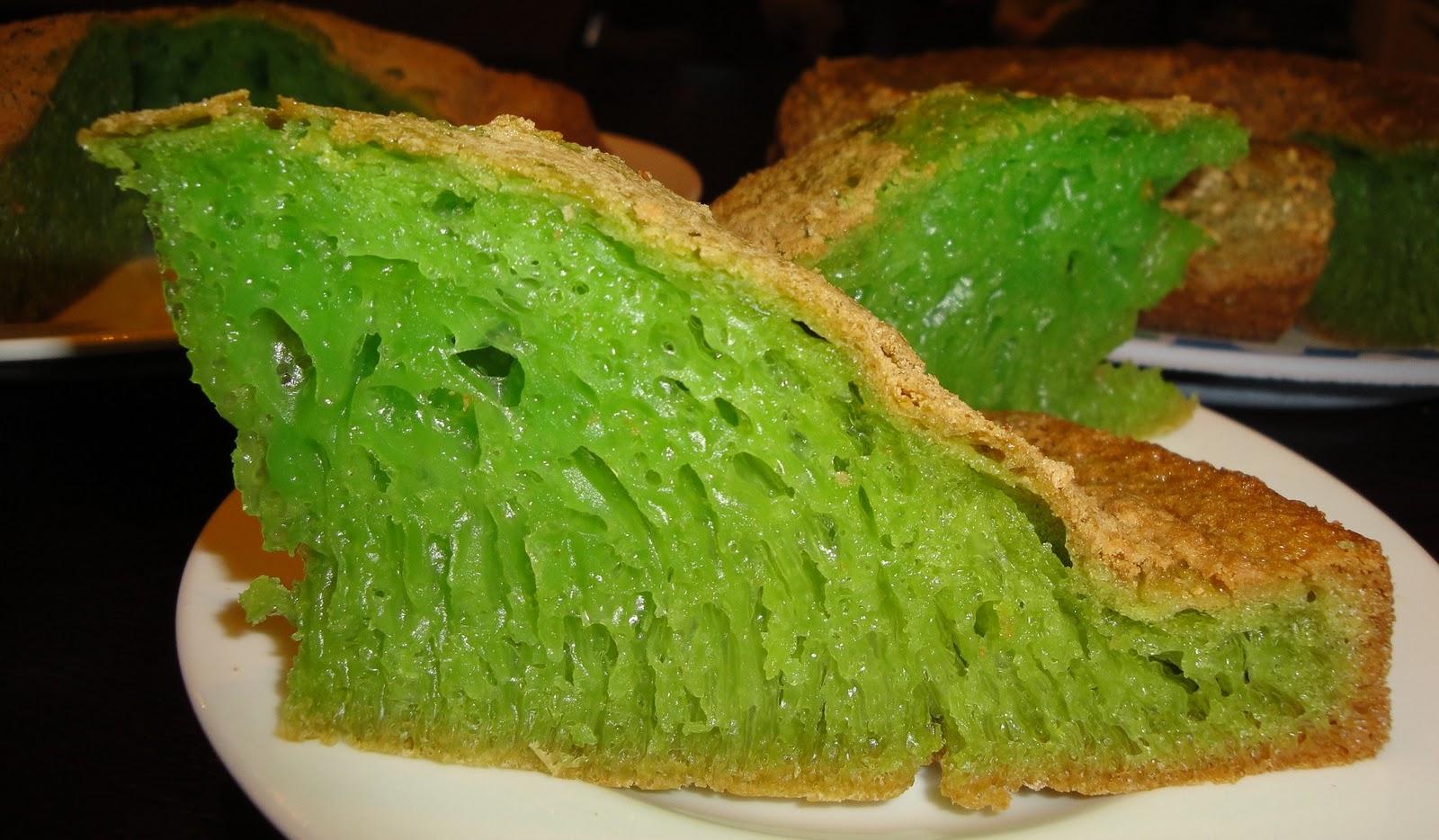 Vietnamese Honeycomb Cake Bánh Bò Nướng