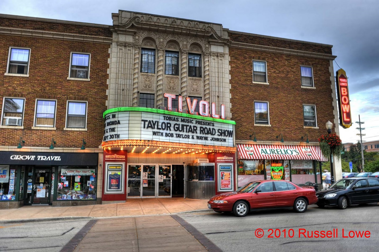 Tivoli Theatre In Downers Grove Il Quotthe Way I See It Quot Russ Lowe Taylor Guitars Roadshow