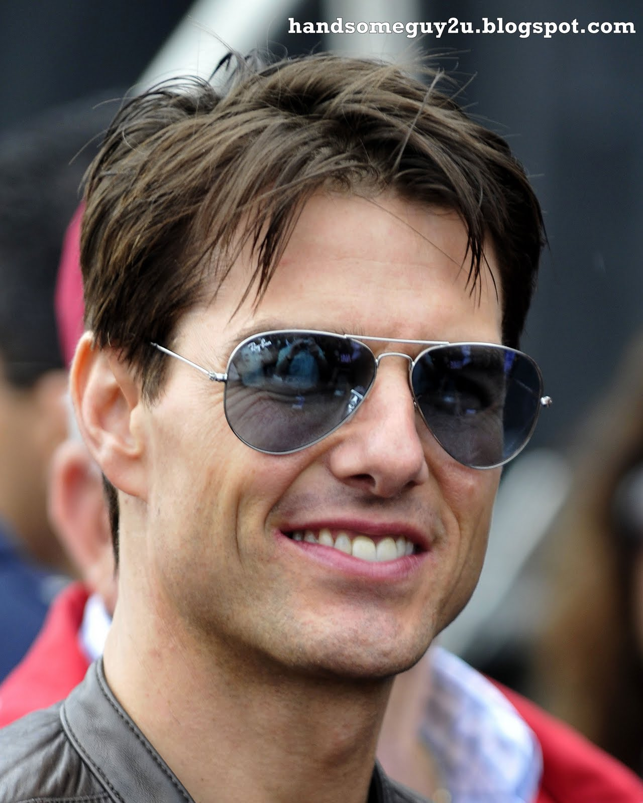 Tom Cruise ~ Handsome Guy 2 You (Photos and WallPaper)