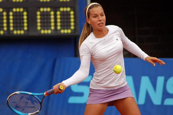 Radwanska kerber practice 1