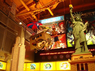 Mtm Toys R Us Times Square Women Of Mystery