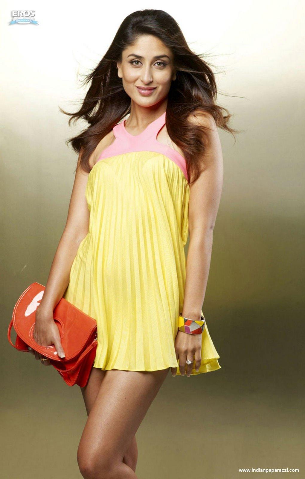 Beauty Galore HD : Hansika Motwani Hot Inner Thigh Upskirt