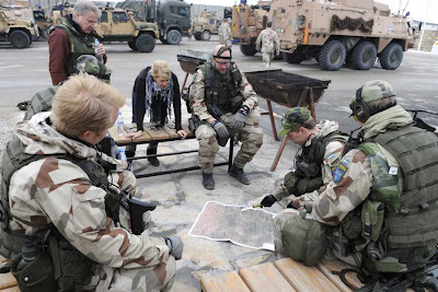 Bildspel soldaternas ovning vid mazar e sharif