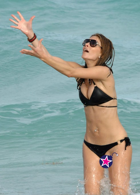 uncensored Maria menounos bikini