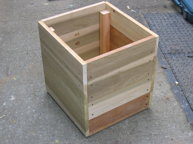 How to make an easy wooden planter with scrap wood finished planter box