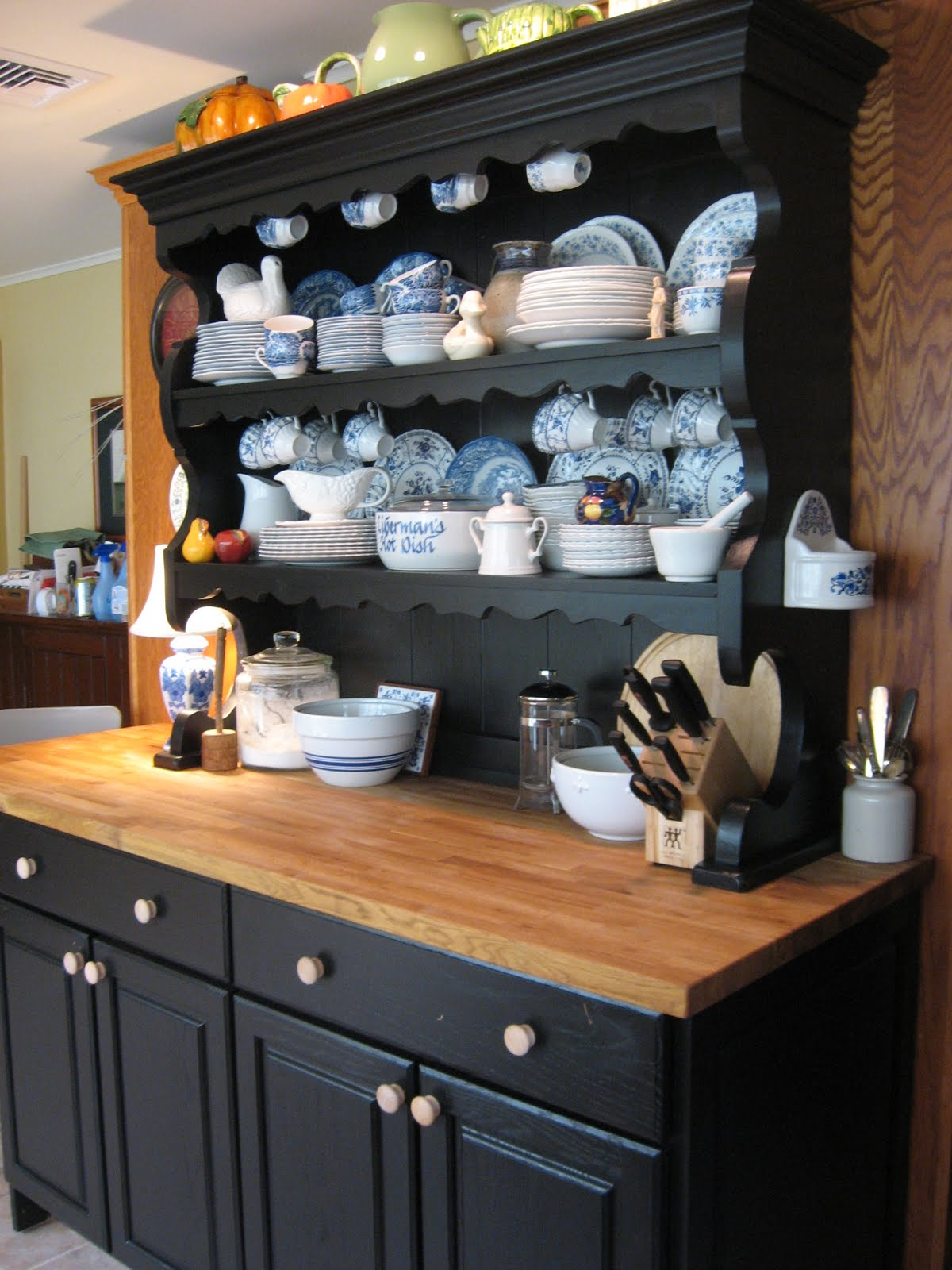 That Old House The Quot Welsh Dresser Quot Kitchen Makeover Done