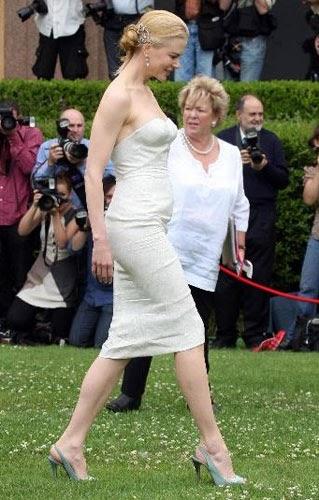 Top Fashion News Nicole Kidman Underwear Show New Photos